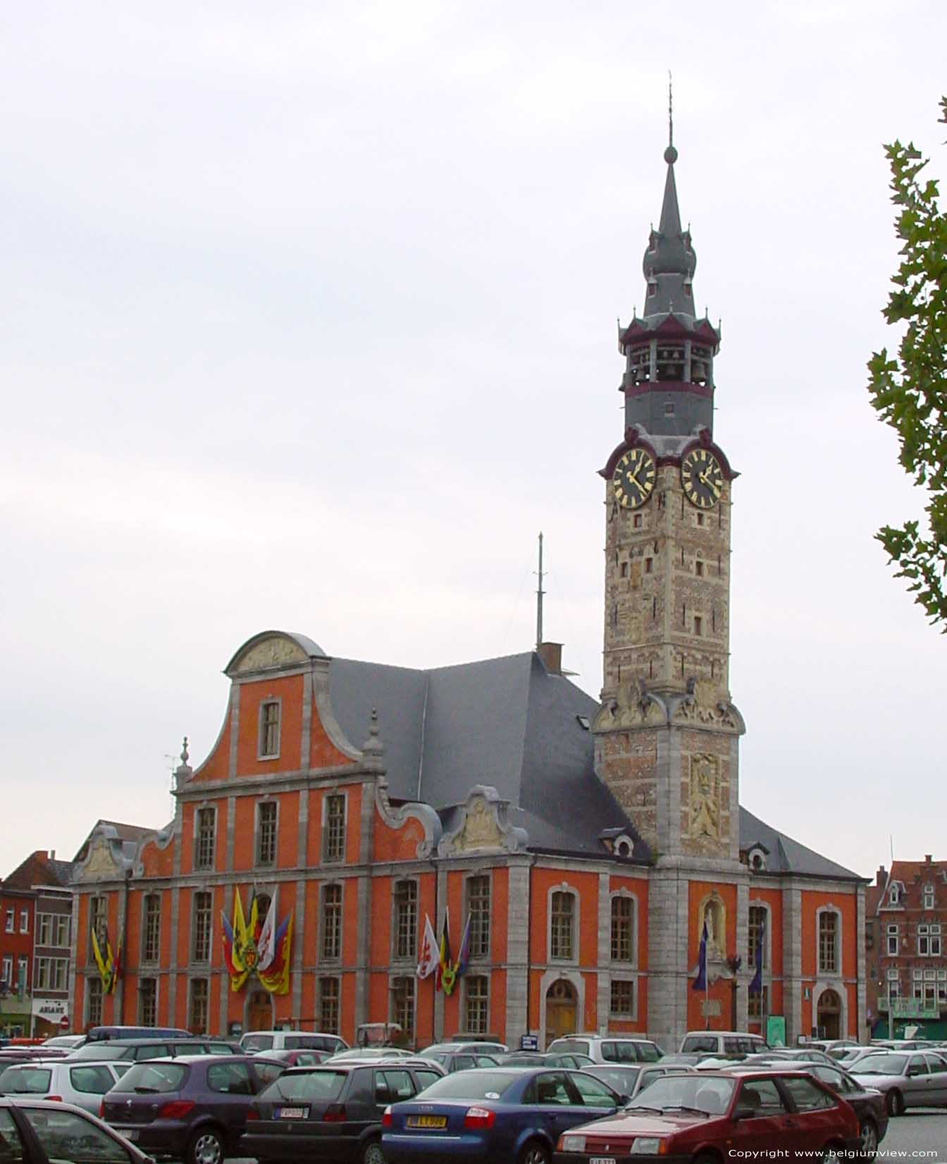 Stadhuis sint truiden belgi for Geba interieur st truiden