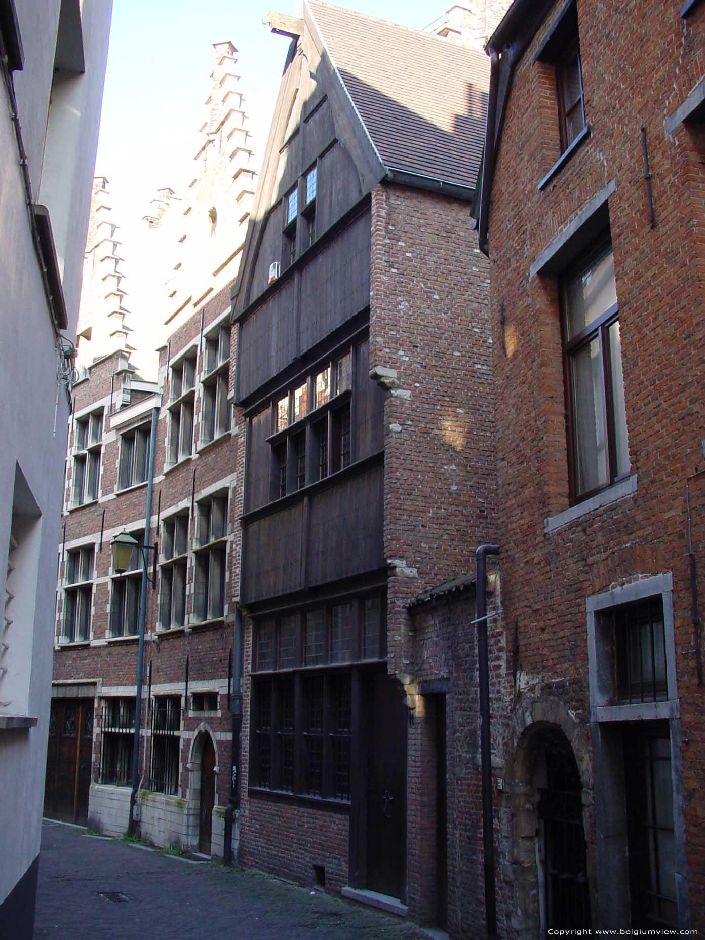 Houten huis antwerpen 1 centrum in antwerpen belgi - Houten huis ...