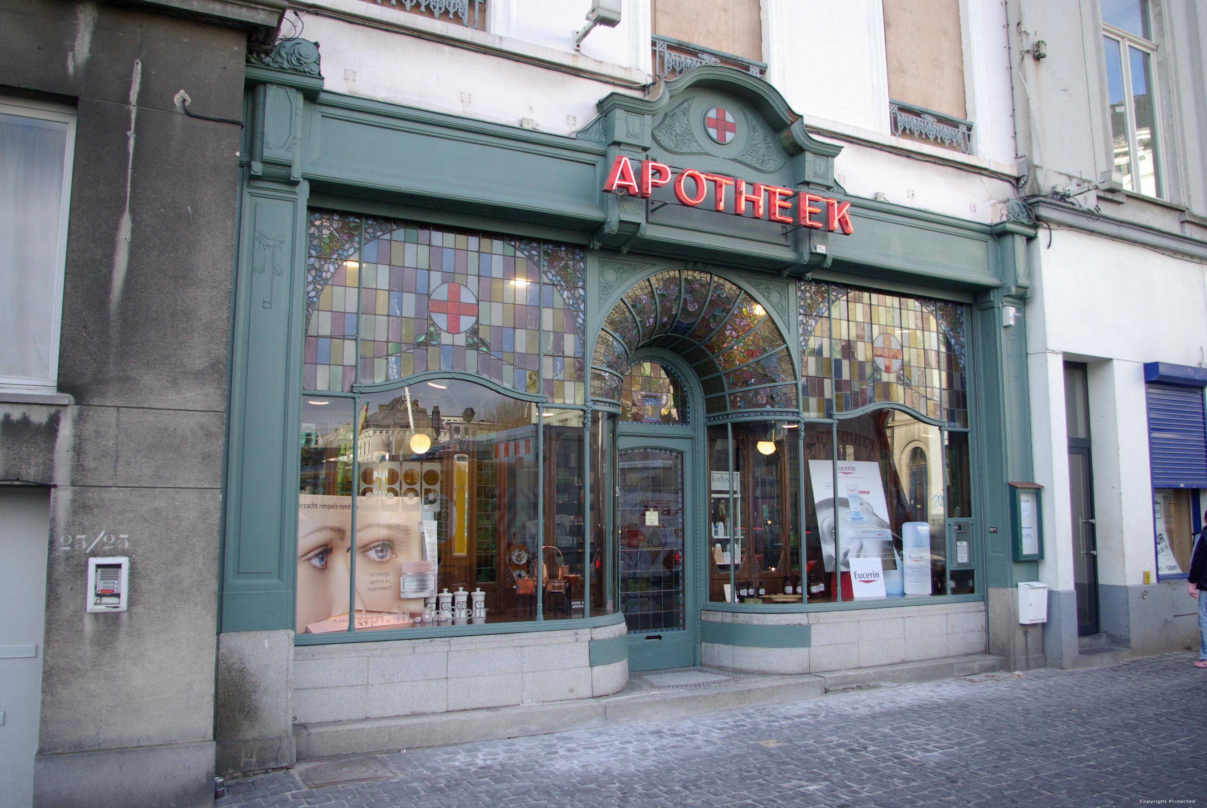 Apotheek goedertier gent belgi for Interieur winkel gent