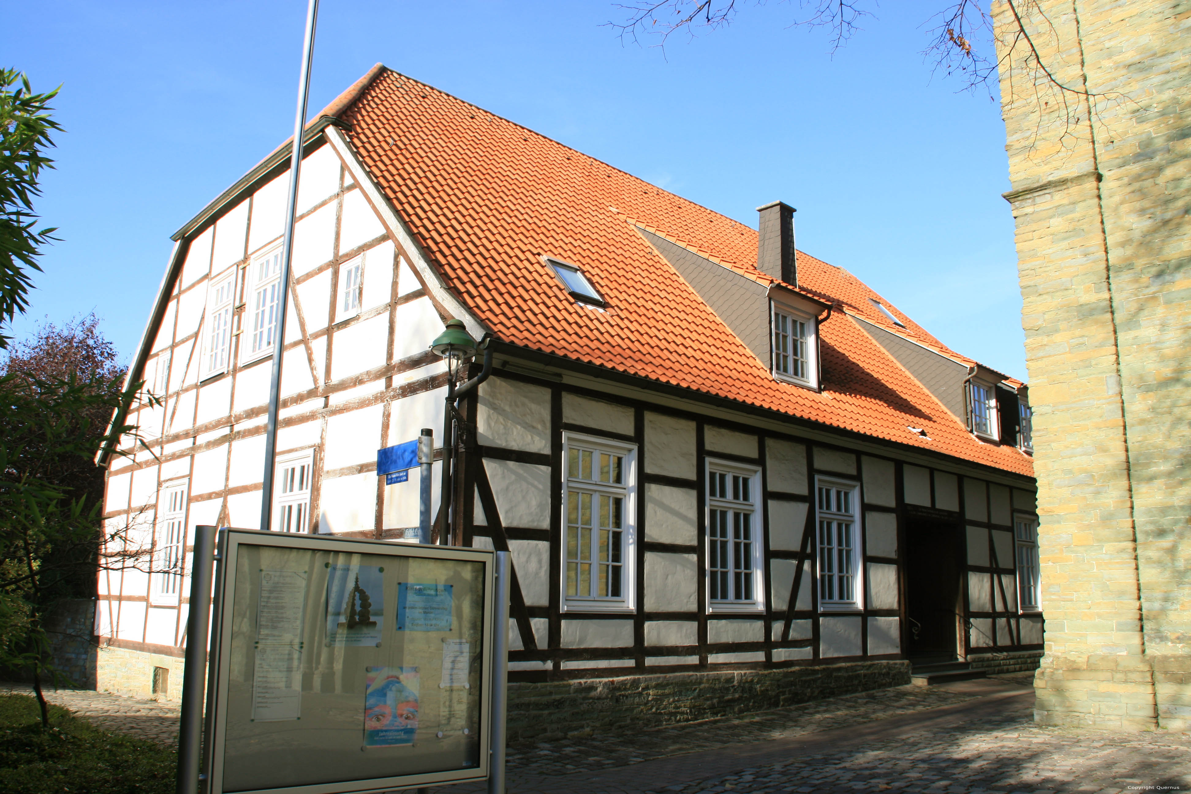 Apostel school evangelische kerk soest duitsland for Evangelische school